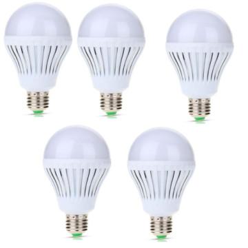 5W-os, LED izzó 5 db