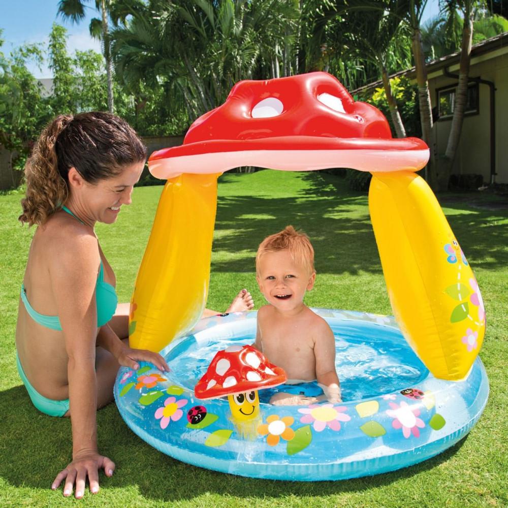 Vidám, gomba formájú, felfúható pancsoló medence napvédő tetővel
